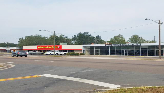 12,686 SF Next to Advance Auto Parts | Gainesville
